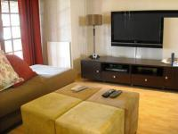 TV Room - 16 square meters of property in Moreletapark