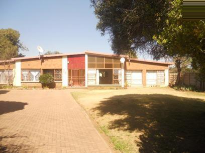 Standard Bank EasySell 3 Bedroom House for Sale For Sale in Witfield - MR051686