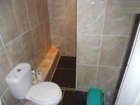 Main Bathroom - 3 square meters of property in Goodwood