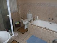 Main Bathroom - 9 square meters of property in Rooihuiskraal