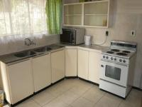 Kitchen - 12 square meters of property in Gezina