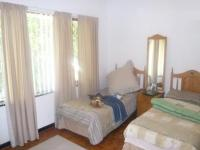 Bed Room 1 of property in Parow Central