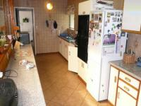 Kitchen - 30 square meters of property in Lynnwood Glen