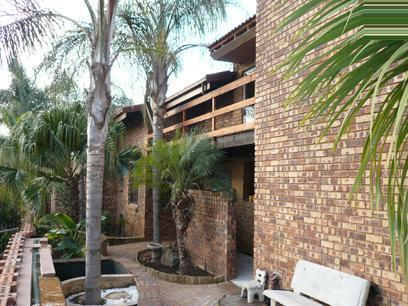 4 Bedroom Duet for Sale and to Rent For Sale in Garsfontein - Home Sell - MR05246