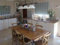 Kitchen - 21 square meters of property in Robertson