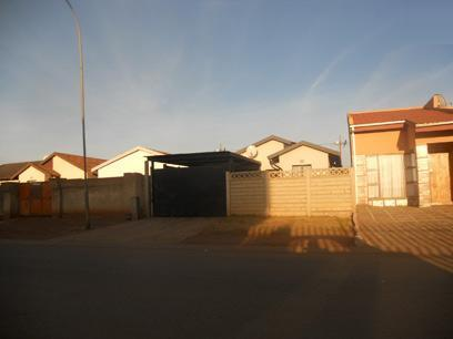 Standard Bank EasySell 2 Bedroom House for Sale For Sale in Protea Glen - MR052839
