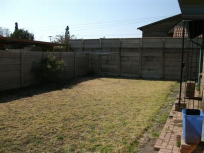 Standard Bank EasySell 3 Bedroom House for Sale For Sale in Claremont - MR052842
