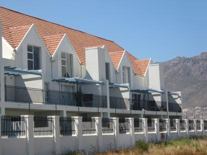 1 Bedroom Apartment For Sale in Gordons Bay - Private Sale - MR053231