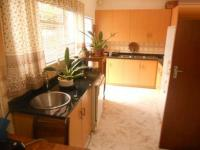 Kitchen - 23 square meters of property in Randburg