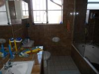 Bathroom 1 - 5 square meters of property in Ridgeway