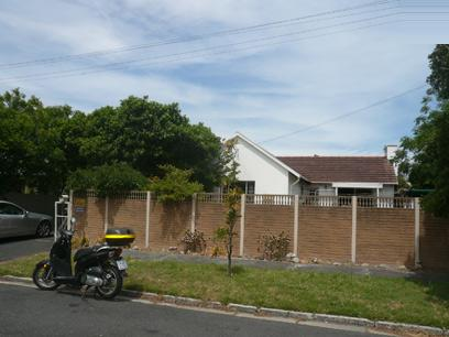 6 Bedroom House for Sale For Sale in Pinelands - Private Sale - MR05420