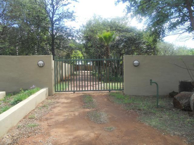 Standard Bank Repossessed 4 Bedroom House for Sale on online auction in Wonderboom - MR054342