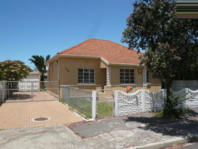 2 Bedroom House for Sale For Sale in Parow Central - Home Sell - MR05437