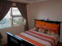 Main Bedroom of property in Parow Central