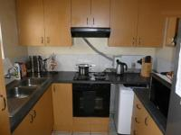 Kitchen - 8 square meters of property in Parow Central