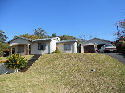 3 Bedroom House For Sale in Umtentweni - Private Sale - MR054430