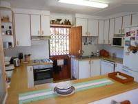 Kitchen - 15 square meters of property in Umtentweni