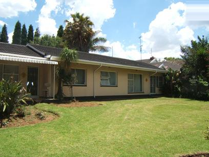 Standard Bank Repossessed 4 Bedroom House For Sale in Kempton Park - MR05445