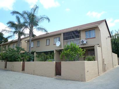 2 Bedroom Duplex for Sale For Sale in Garsfontein - Private Sale - MR05450