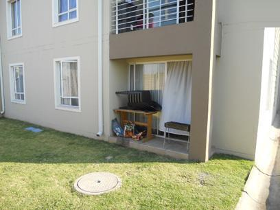 2 Bedroom Apartment for Sale For Sale in Vanderbijlpark - Home Sell - MR055086