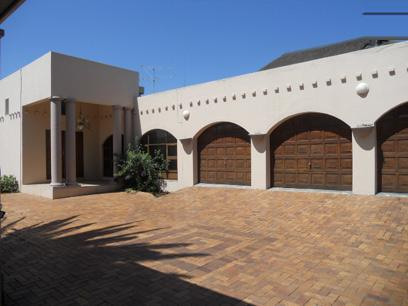 Standard Bank Repossessed 3 Bedroom House for Sale For Sale in Alberton - MR055361