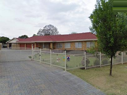 Standard Bank Repossessed 3 Bedroom House for Sale on online auction in Witfield - MR055683