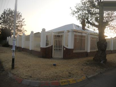 Standard Bank EasySell 2 Bedroom House for Sale For Sale in Randfontein - MR055715