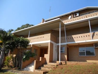 Standard Bank Repossessed 8 Bedroom House on online auction in Amanzimtoti  - MR055840