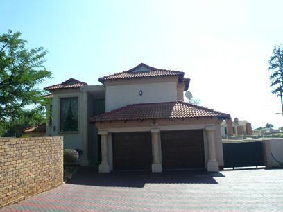 Standard Bank Repossessed 4 Bedroom House for Sale on online auction in Raslouw - MR056292