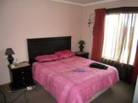 Main Bedroom - 15 square meters of property in Terenure