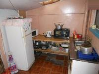 Kitchen - 8 square meters of property in Zeekoei Vlei