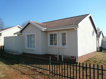 Standard Bank EasySell 2 Bedroom Sectional Title for Sale For Sale in Amandasig - MR056691