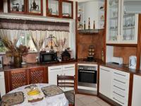Kitchen - 26 square meters of property in Queenswood
