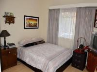Bed Room 2 - 14 square meters of property in Queenswood