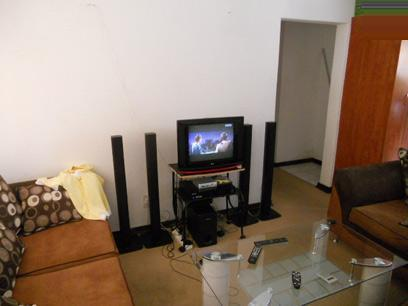 TV Room - 13 square meters of property in Ormonde