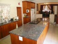 Kitchen - 45 square meters of property in Faerie Glen