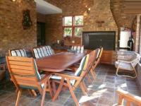 Patio - 22 square meters of property in Faerie Glen