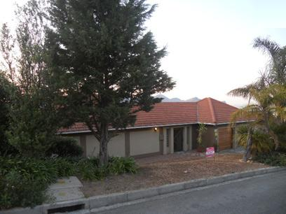 Standard Bank EasySell 3 Bedroom House for Sale in Somerset West - MR057337