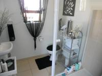 Bathroom 1 - 5 square meters of property in North Riding A.H.