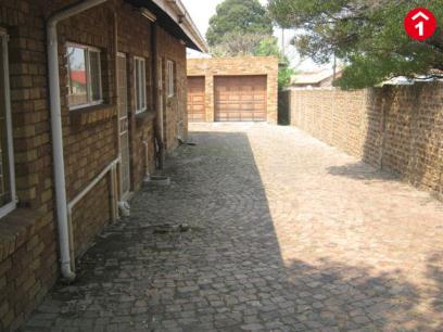 Standard Bank EasySell 2 Bedroom House For Sale in Brakpan - MR058230
