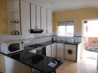 Kitchen - 13 square meters of property in Umhlanga