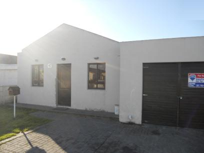 Standard Bank EasySell 6 Bedroom House For Sale in Ottery - MR058707