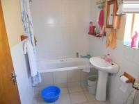 Main Bathroom - 5 square meters of property in Kuils River