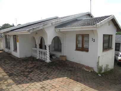 Absa Repossessed 4 Bedroom  House For Sale in Shallcross  - MR059471