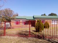 Front View of property in Ficksburg