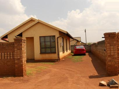 Standard Bank EasySell 3 Bedroom House for Sale For Sale in Vosloorus - MR060012