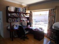 Study - 10 square meters of property in Alan Manor