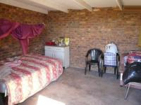 Bed Room 2 - 17 square meters of property in Rietfontein