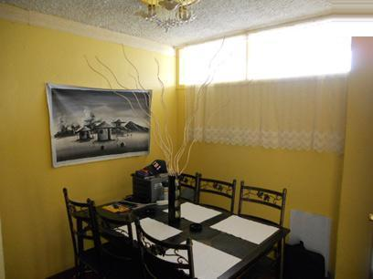 Dining Room - 10 square meters of property in Paradise Valley