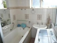 Bathroom 1 - 7 square meters of property in Sunnyside